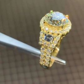 8.30 CT Round Cut Ring in Gold