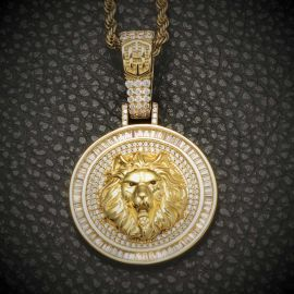 Iced Lion Pendant in Gold