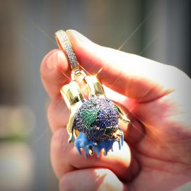 Bust Down 3D Dripping World in The Hands Pendant