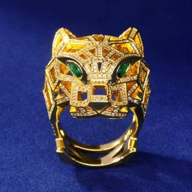 Iced Hollow-out Leopard Ring in Gold
