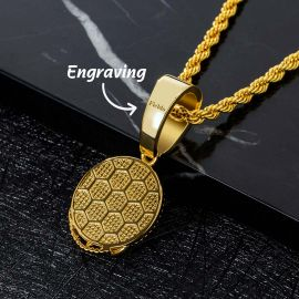 Lion Head Round Pendant in Gold