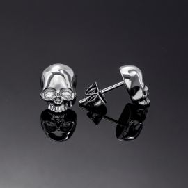 Skull Earrings in White Gold